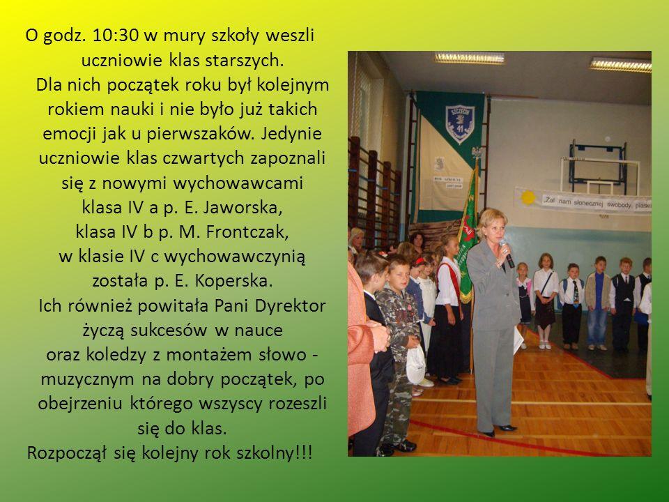O godz.10:30 w mury szkoły weszli uczniowie klas starszych.