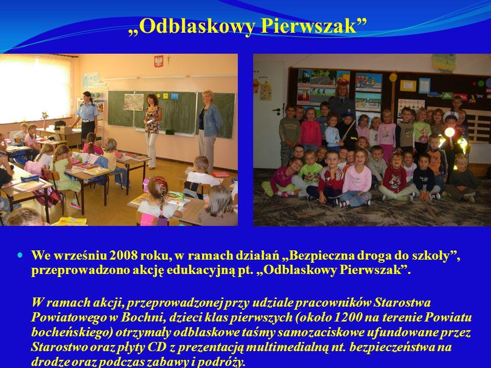 Odblaskowy Pierwszak We wrześniu 2008 roku, w ramach działań Bezpieczna droga do szkoły, przeprowadzono akcję edukacyjną pt. Odblaskowy Pierwszak. W r