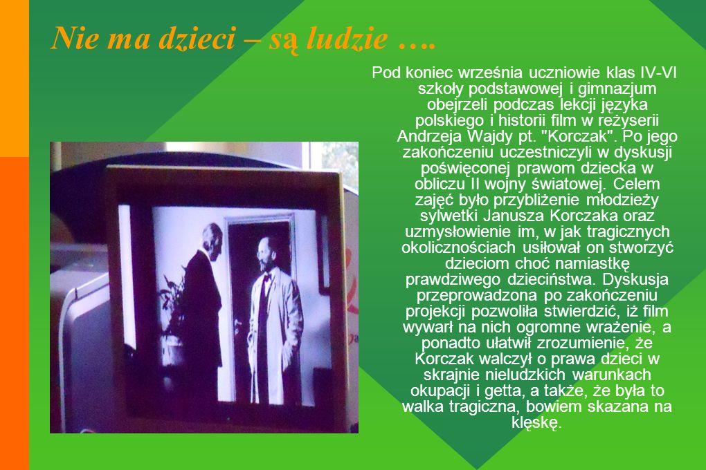Pod koniec września uczniowie klas IV-VI szkoły podstawowej i gimnazjum obejrzeli podczas lekcji języka polskiego i historii film w reżyserii Andrzeja Wajdy pt.