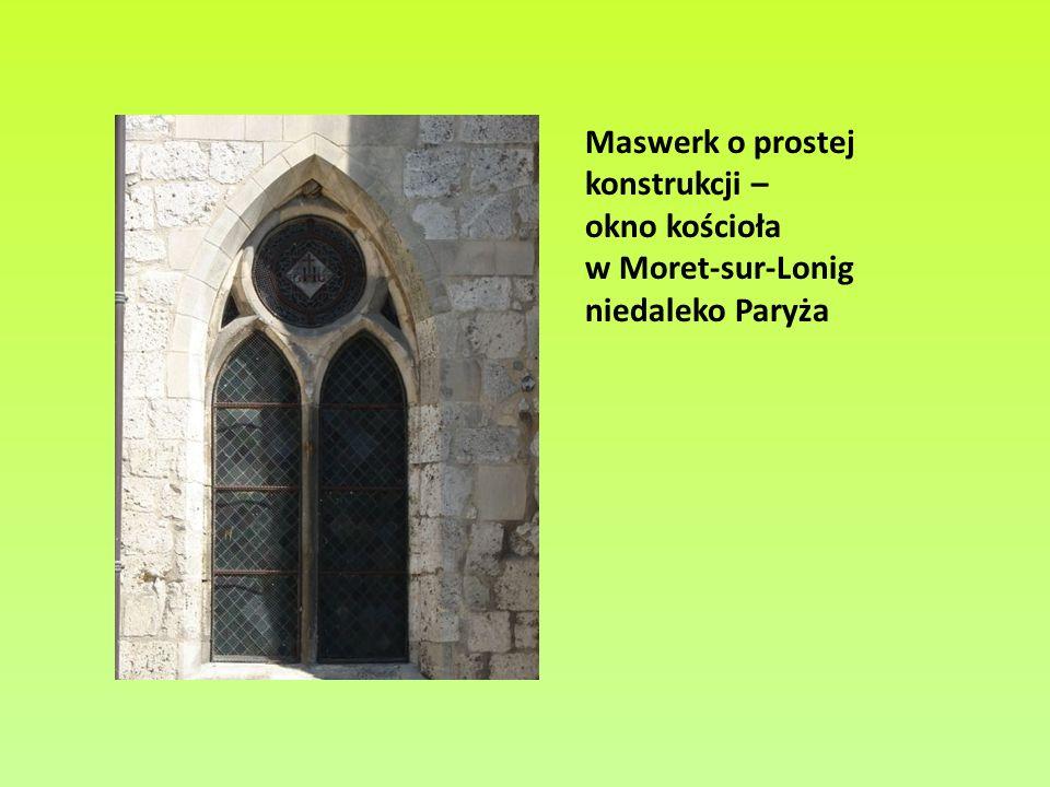 Ostrołuki szerokie w katedrze w Moret (z lewej) oraz w Poitiers (z prawej)