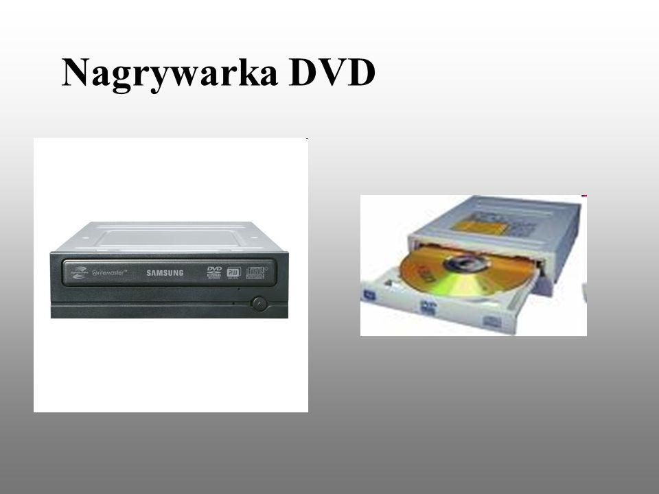 1.Płyta główna W jednostce centralnej znajduje się płyta główna, na której umieszczone są najważniejsze elementy komputera: A.