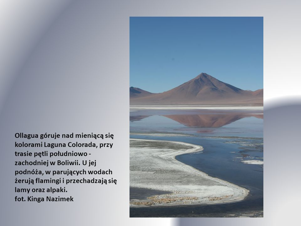 Tongariro to wciąż aktywny wulkan na Wyspie Północnej. Grozę wędrówki poprzez nieprzyjazne, magmowe pustkowia potęgują tutaj tablice informacyjne o dr