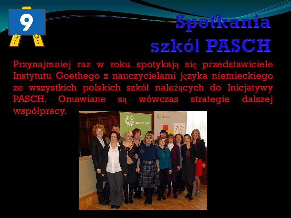 Przynajmniej raz w roku spotykaj ą si ę przedstawiciele Instytutu Goethego z nauczycielami j ę zyka niemieckiego ze wszystkich polskich szkó ł nale żą