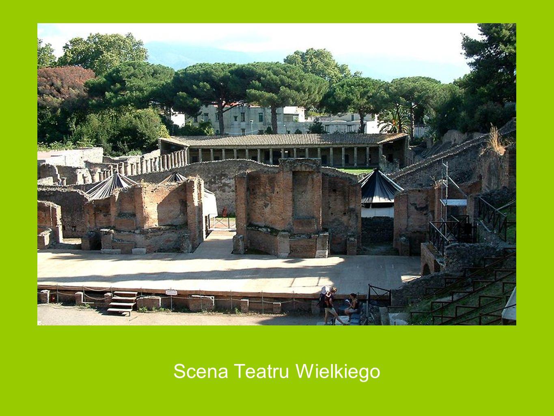 Teatr Wielki Teatr Wielki – zbudowano w III wieku p.n.e. wykorzystując naturalne zagłębienie terenu. Widownia mieszcząca 5000 widzów podzielona była n