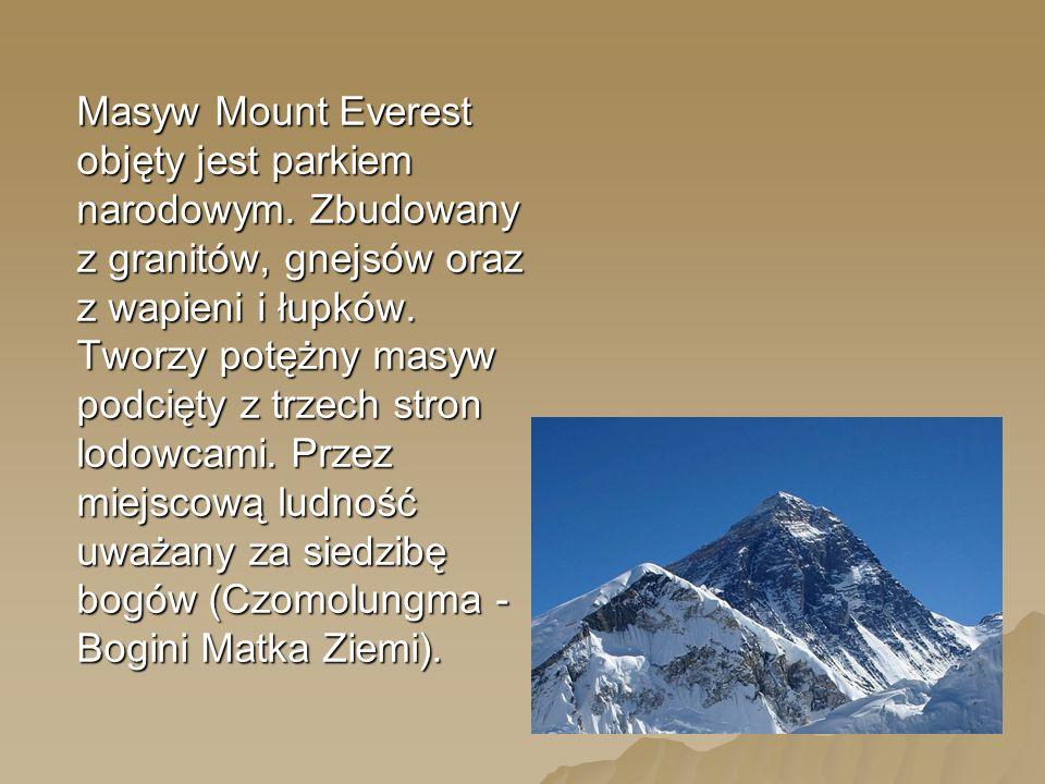 Masyw Mount Everest objęty jest parkiem narodowym.