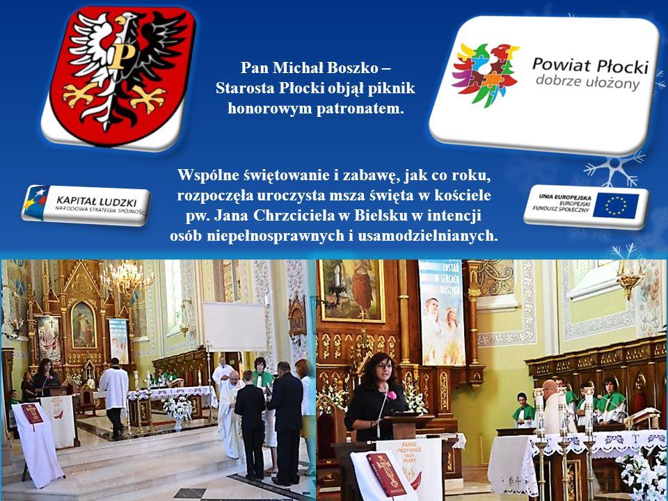 Pan Michał Boszko – Starosta Płocki objął piknik honorowym patronatem. Wspólne świętowanie i zabawę, jak co roku, rozpoczęła uroczysta msza święta w k