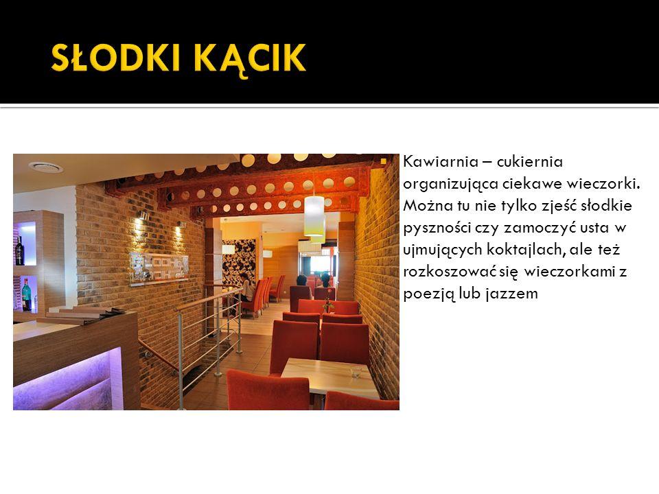 Klub Trójka we Wrześni działa od 1999r.Posiada trzy sale oraz dwa bary.