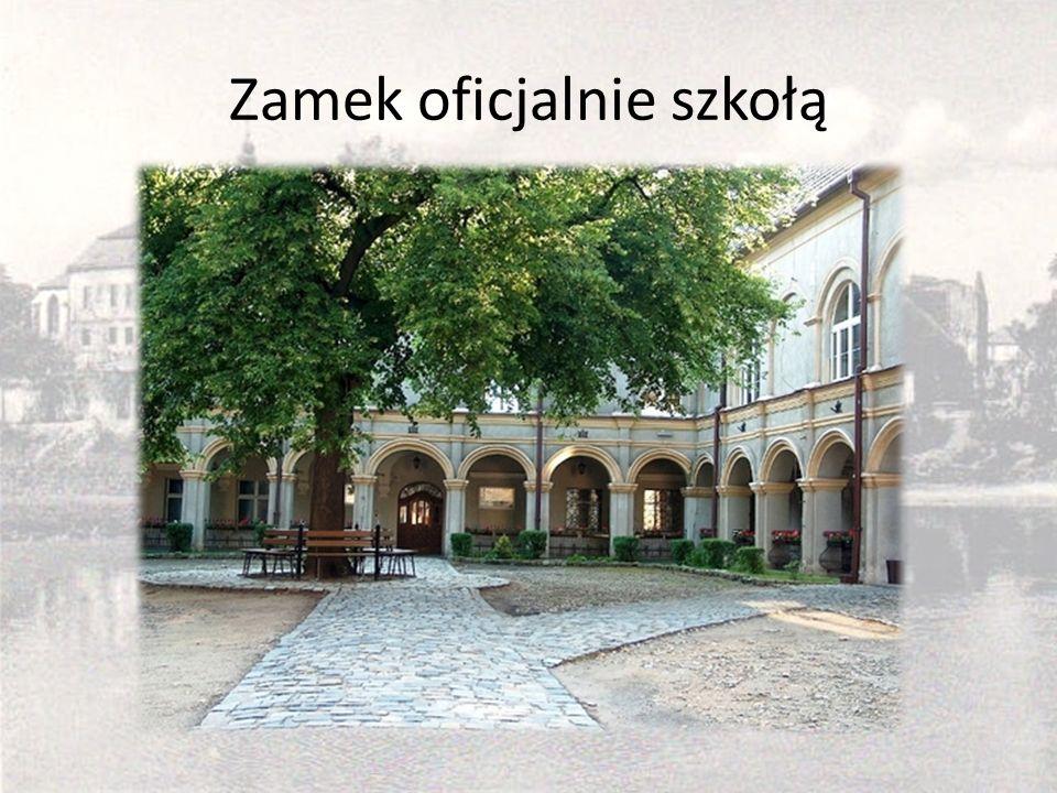 Zamek oficjalnie szkołą