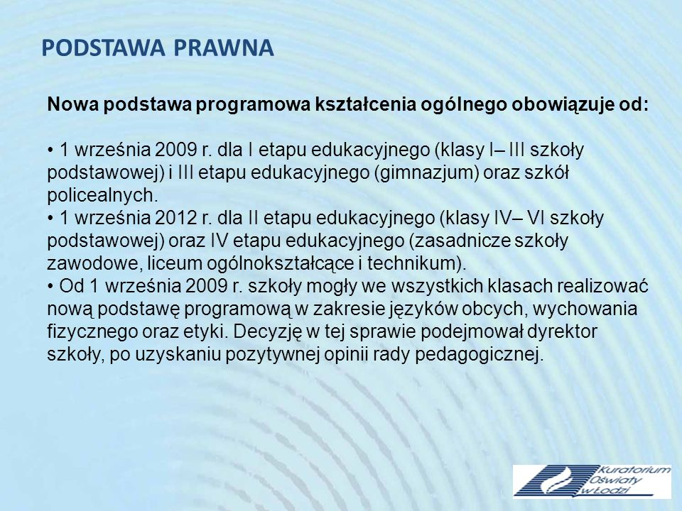 W technikum uczeń ma obowiązek wyboru 2 przedmiotów, spośród proponowanych przez szkołę przedmiotów ujętych w podstawie programowej w zakresie rozszerzonym.