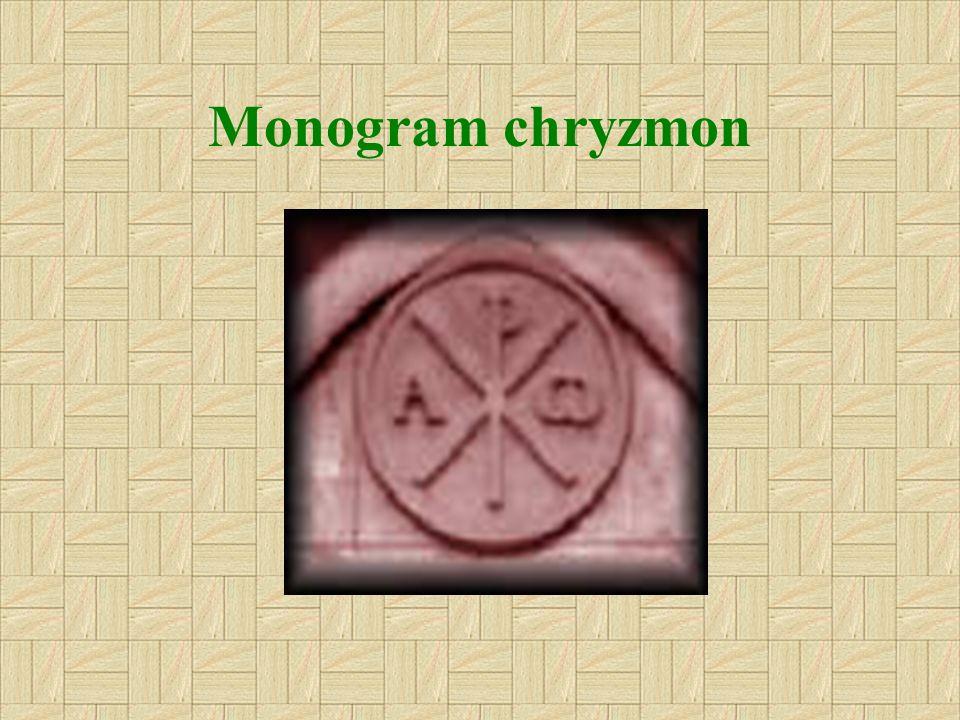 Monogram Chrystusa (XP) jest złożony z dwóch liter alfabetu greckiego X (Chi) i P (ro), splecionych razem. Są to dwie pierwsze litery greckiego imieni