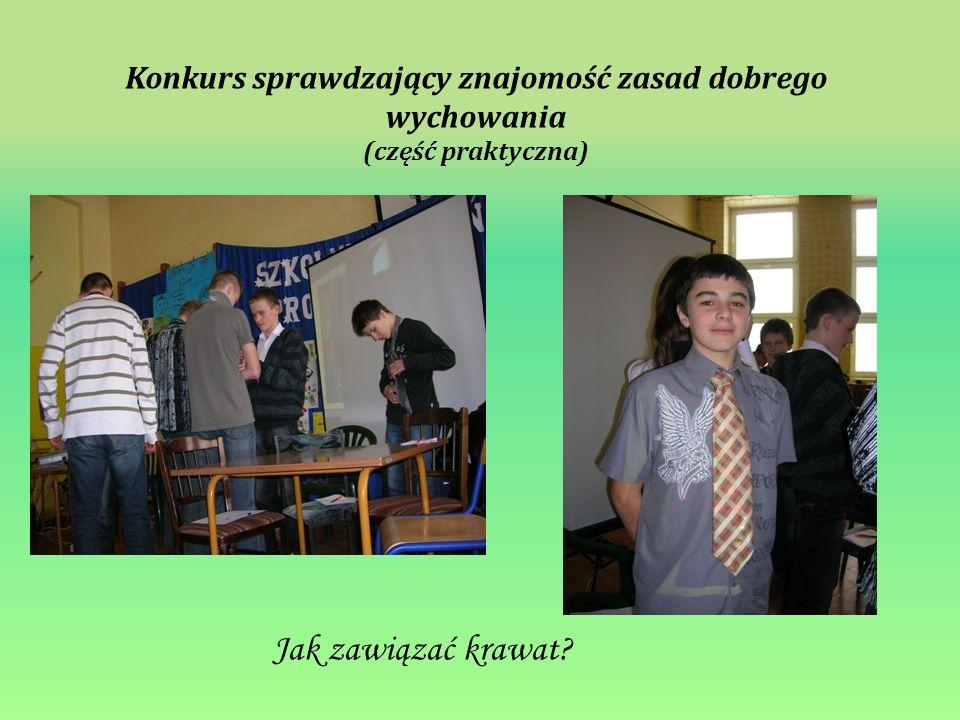 Jak zawiązać krawat? Konkurs sprawdzający znajomość zasad dobrego wychowania (część praktyczna)