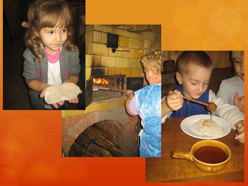 Kasze, ryże i rośliny strączkowe Dzieci z wielkim zainteresowaniem oglądały różne rodzaje kasz oraz ryżów.