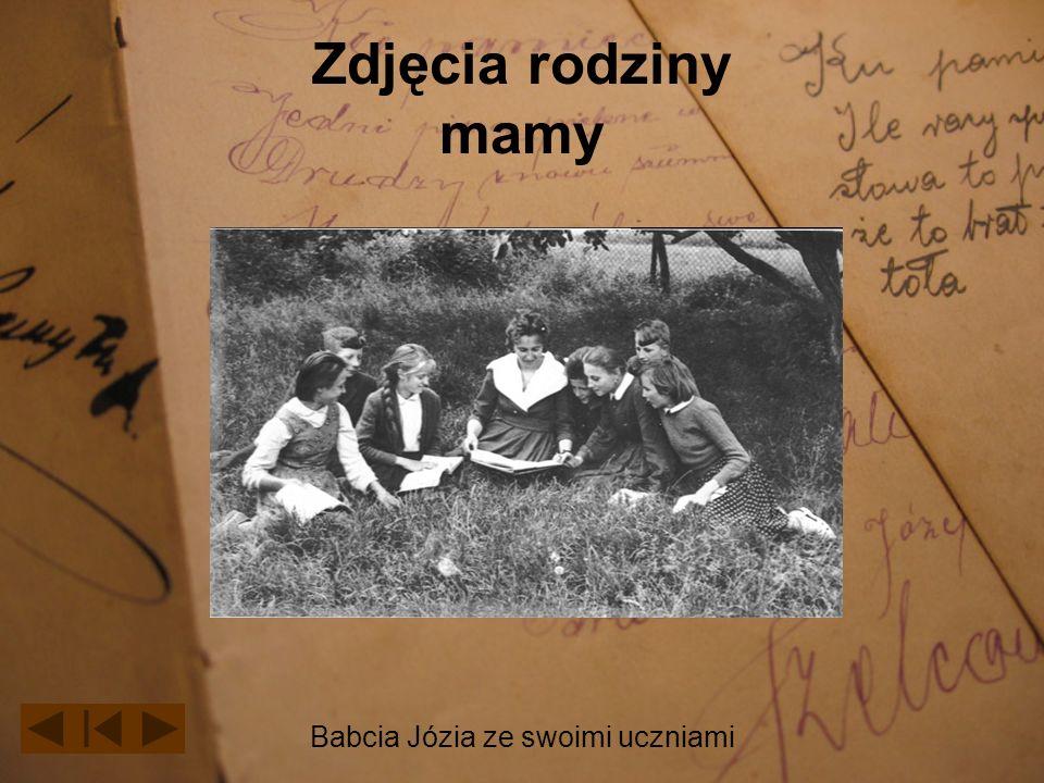 Zdjęcia rodziny mamy Babcia Józia ze swoimi uczniami