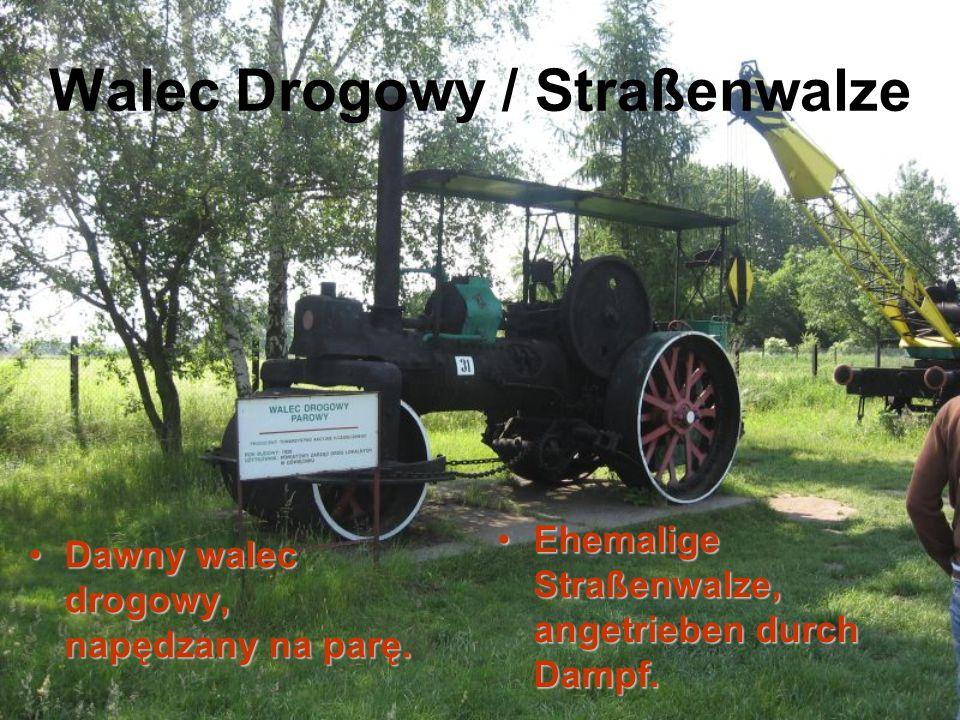 Walec Drogowy / Straßenwalze Dawny walec drogowy, napędzany na parę.Dawny walec drogowy, napędzany na parę. Ehemalige Straßenwalze, angetrieben durch