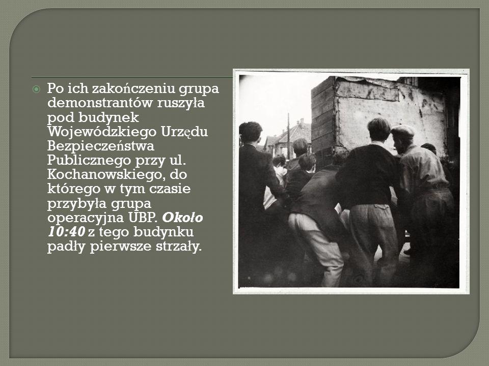 Po ich zako ń czeniu grupa demonstrantów ruszy ł a pod budynek Wojewódzkiego Urz ę du Bezpiecze ń stwa Publicznego przy ul. Kochanowskiego, do którego