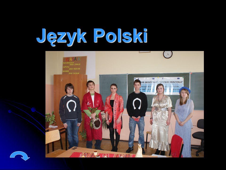 W ramach zajęć pozalekcyjnych z języka polskiego uczestnicy przygotowali inscenizację pt.: Ślubowanie rycerskie według powieści Krzyżacy Henryka Sienkiewicza.