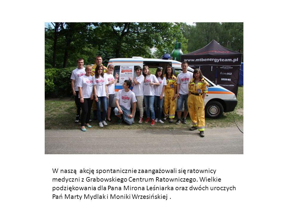 W naszą akcję spontanicznie zaangażowali się ratownicy medyczni z Grabowskiego Centrum Ratowniczego. Wielkie podziękowania dla Pana Mirona Leśniarka o