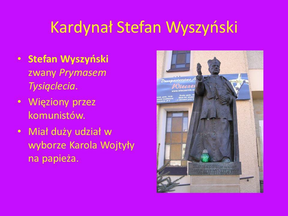 Ku czci AK i WIN Tablica z nazwiskami osób, które należały do AK i WIN znajduje się na ścianie kościoła oo. Bernardynów.