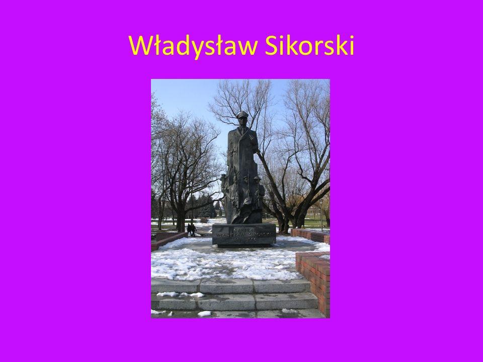 Władysław Sikorski Pomnik znajduje się w centralnym miejscu parku pomiędzy ulicą Pulaskiego a Księdza Jałowego.