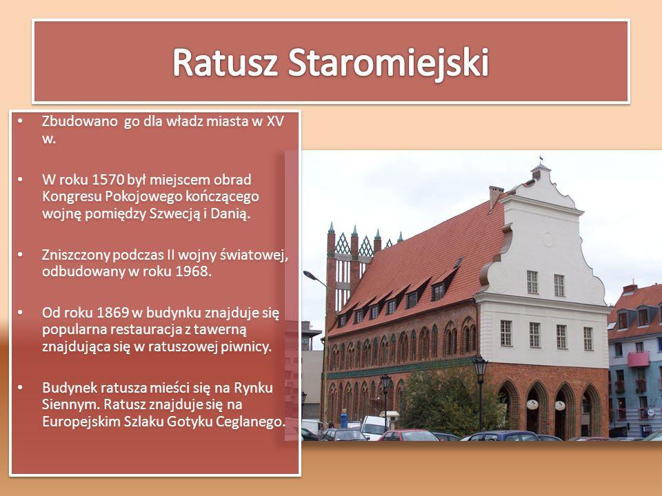 Zbudowano go dla władz miasta w XV w. W roku 1570 był miejscem obrad Kongresu Pokojowego kończącego wojnę pomiędzy Szwecją i Danią. Zniszczony podczas