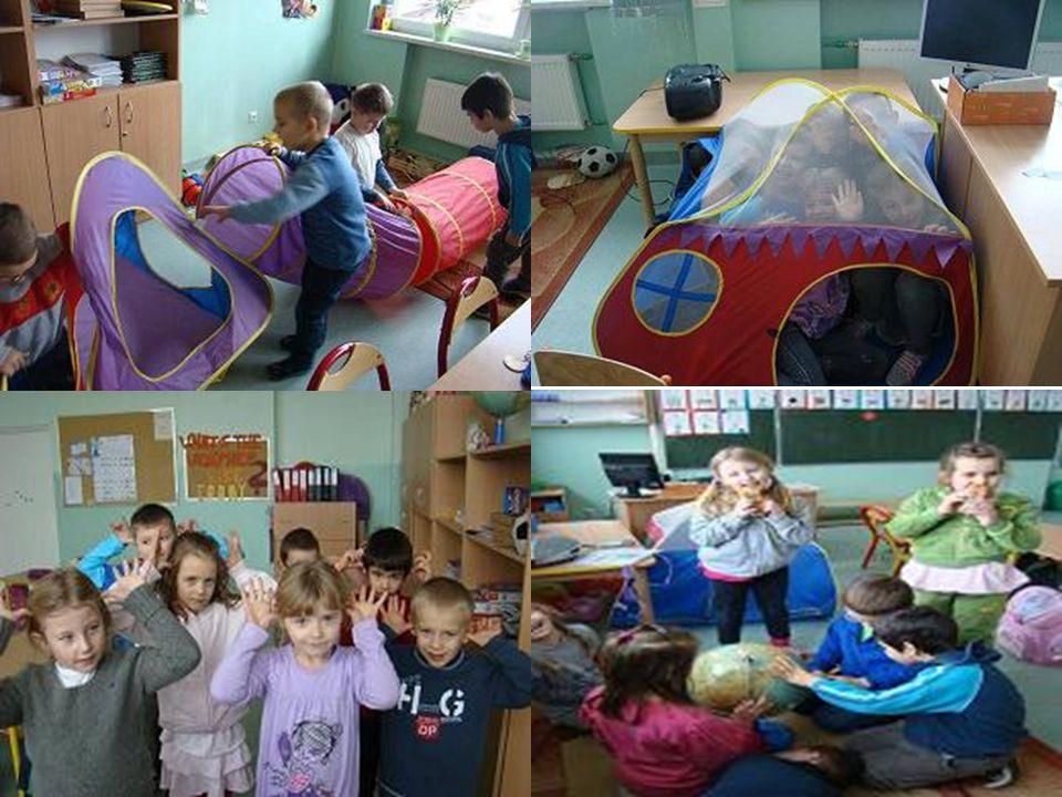 Zabawki edukacyjne i pomoce dydaktyczne Uczniowie I klasy korzystają podczas lekcji (i równie chętnie na przerwach) z licznych zabawek edukacyjnych.