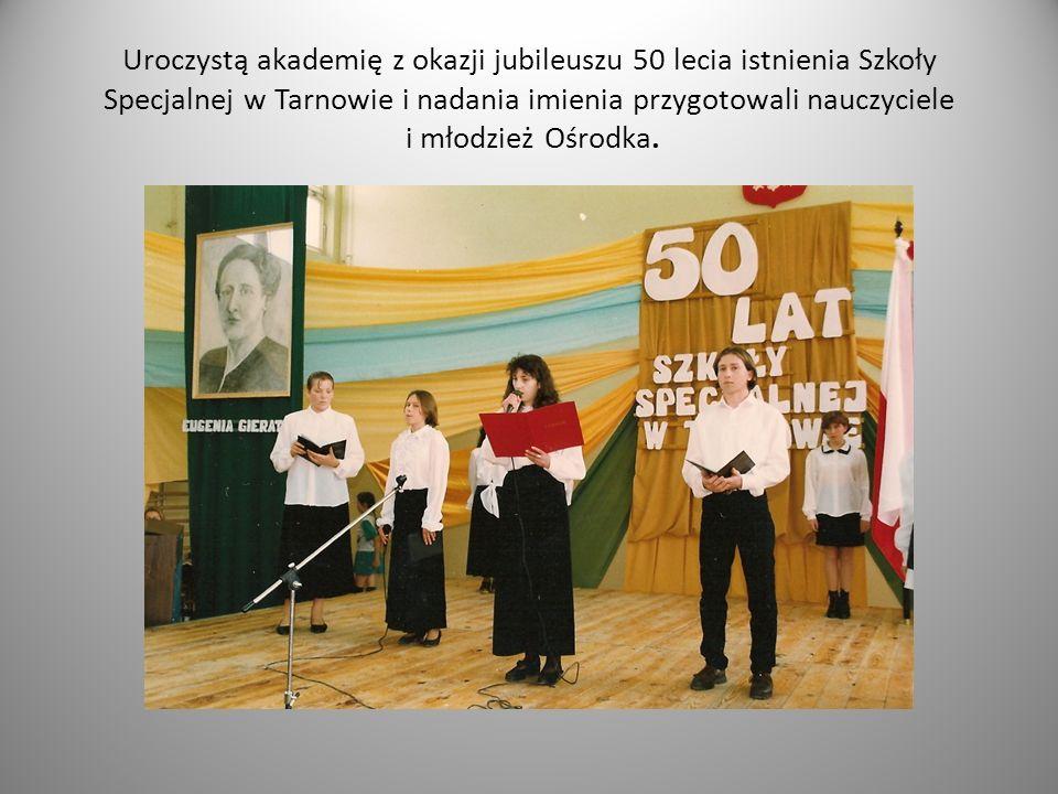Zgodnie z planem wychowawczym szkoły uczniowie poznają biografię i dokonania Pani Eugenii Gierat.