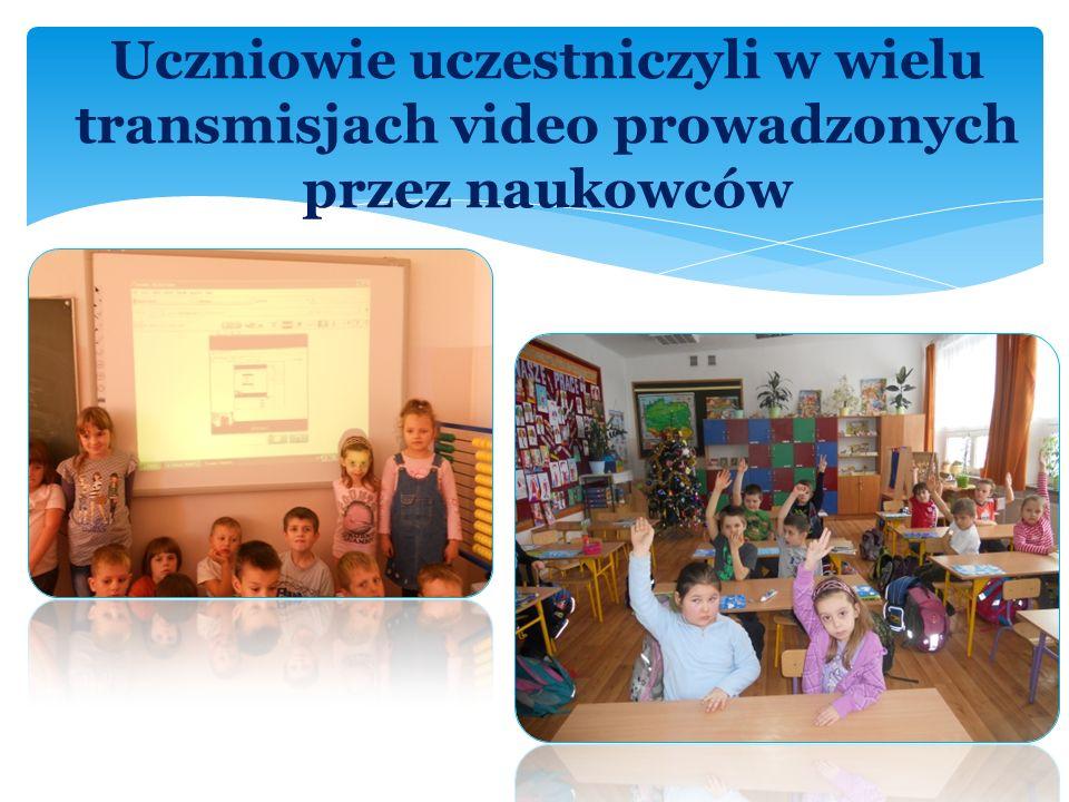 Uczniowie uczestniczyli w wielu transmisjach video prowadzonych przez naukowców
