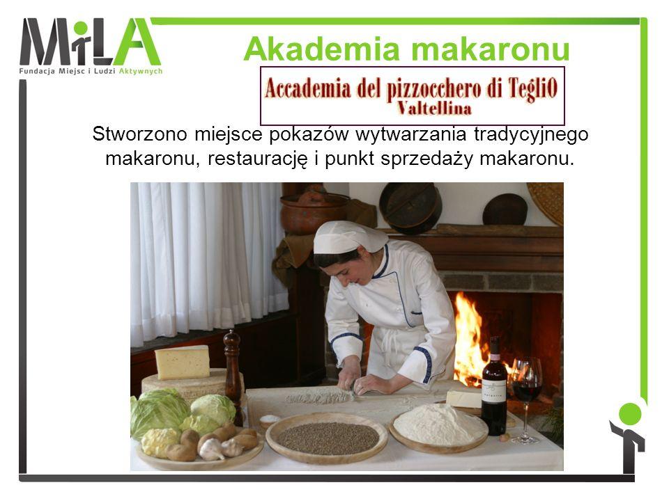 Stworzono miejsce pokazów wytwarzania tradycyjnego makaronu, restaurację i punkt sprzedaży makaronu. Akademia makaronu