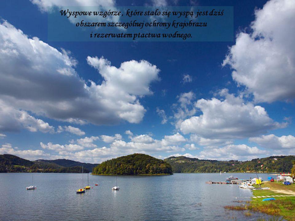 Wyspowe wzgórze, które stało się wyspą jest dziś obszarem szczególnej ochrony krajobrazu i rezerwatem ptactwa wodnego.