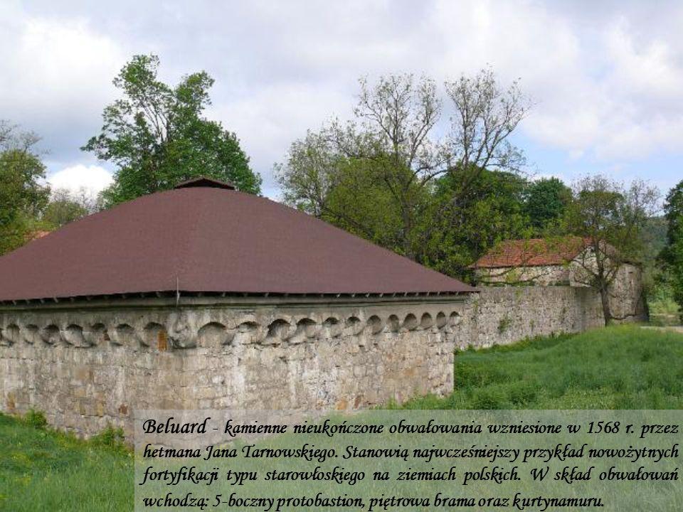 Beluard - kamienne nieukończone obwałowania wzniesione w 1568 r.