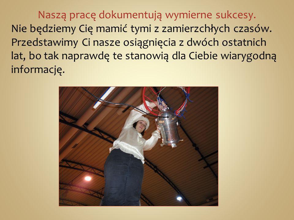 Język polski: 2010 : -VI miejsce w wojewódzkich eliminacjach Olimpiady Filozoficznej- Piotr Chomicz.