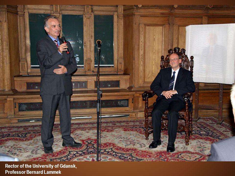 Rector of the University of Gdansk, Professor Bernard Lammek
