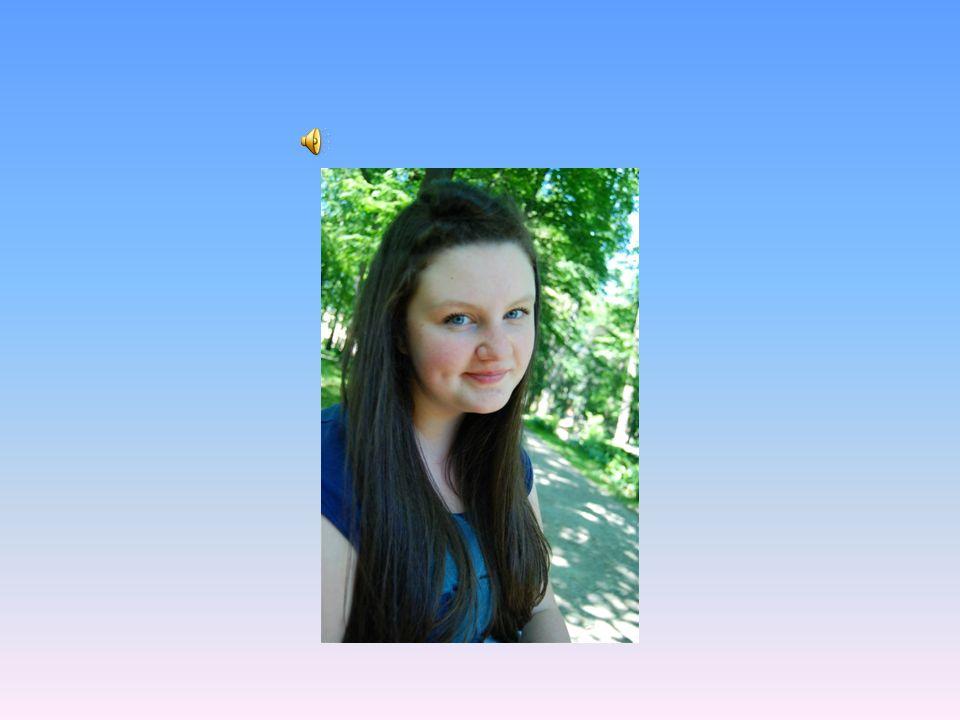Witajcie .Mam na imię Martyna i chodzę do klasy 3c.
