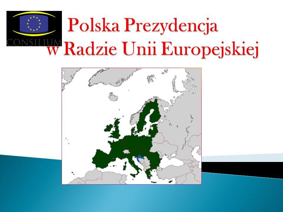 Mazurek D ą browskiego Jeszcze Polska nie zginęła, Kiedy my żyjemy, Co nam obca przemoc wzięła, Szablą odbierzemy.