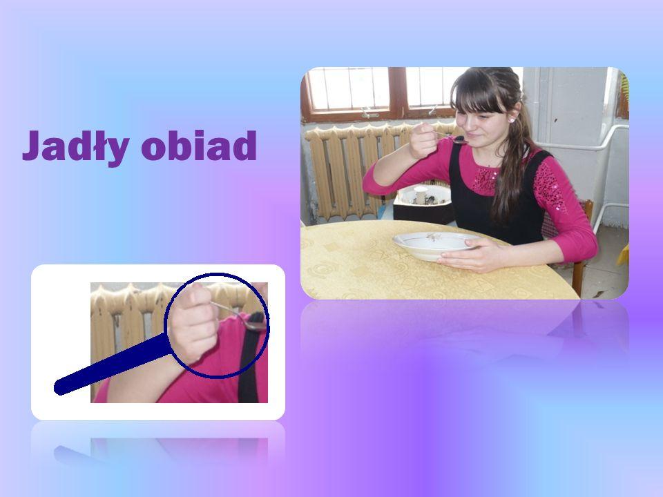 Jak to się stało, że podczas jedzenia obiadu ręce pozbyły się bakterii.