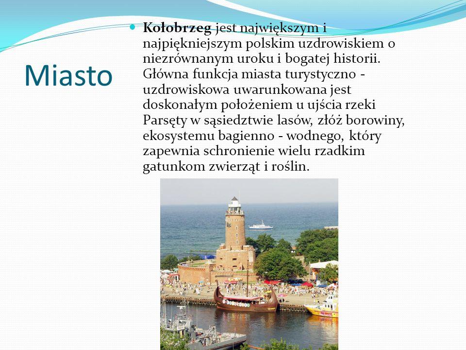 Do odwiedzenia Kołobrzegu zachęcają też liczne zabytki.