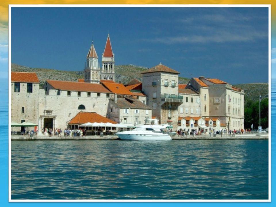 3 DZIEŃ śniadanie zwiedzanie Trogiru i okolic (czas zwiedzania ok.