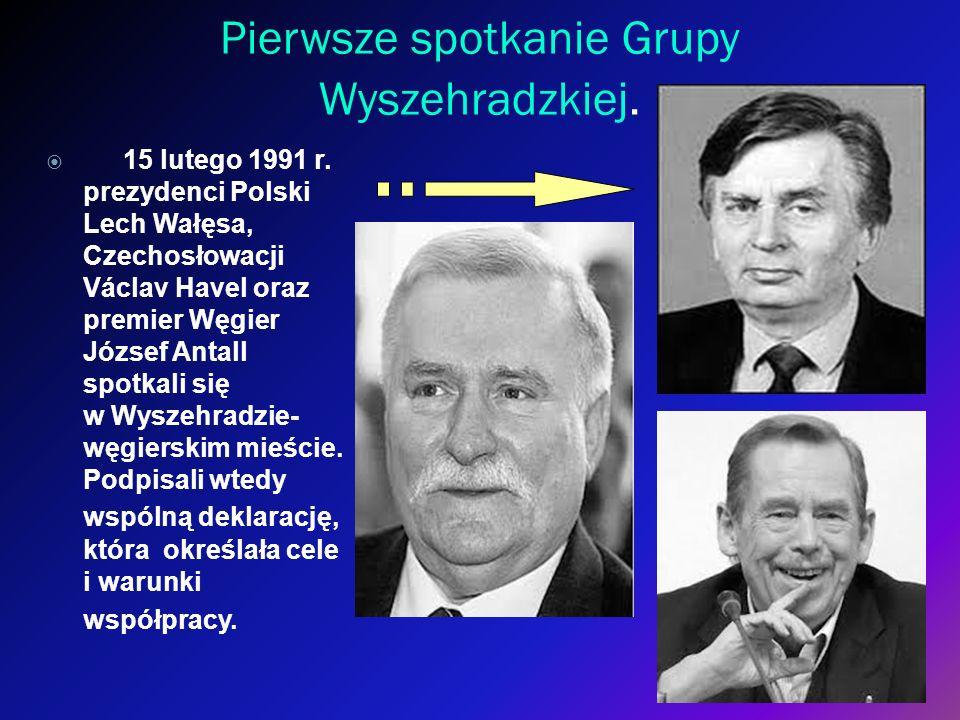 Pierwsze spotkanie Grupy Wyszehradzkiej. 15 lutego 1991 r. prezydenci Polski Lech Wałęsa, Czechosłowacji Václav Havel oraz premier Węgier József Antal