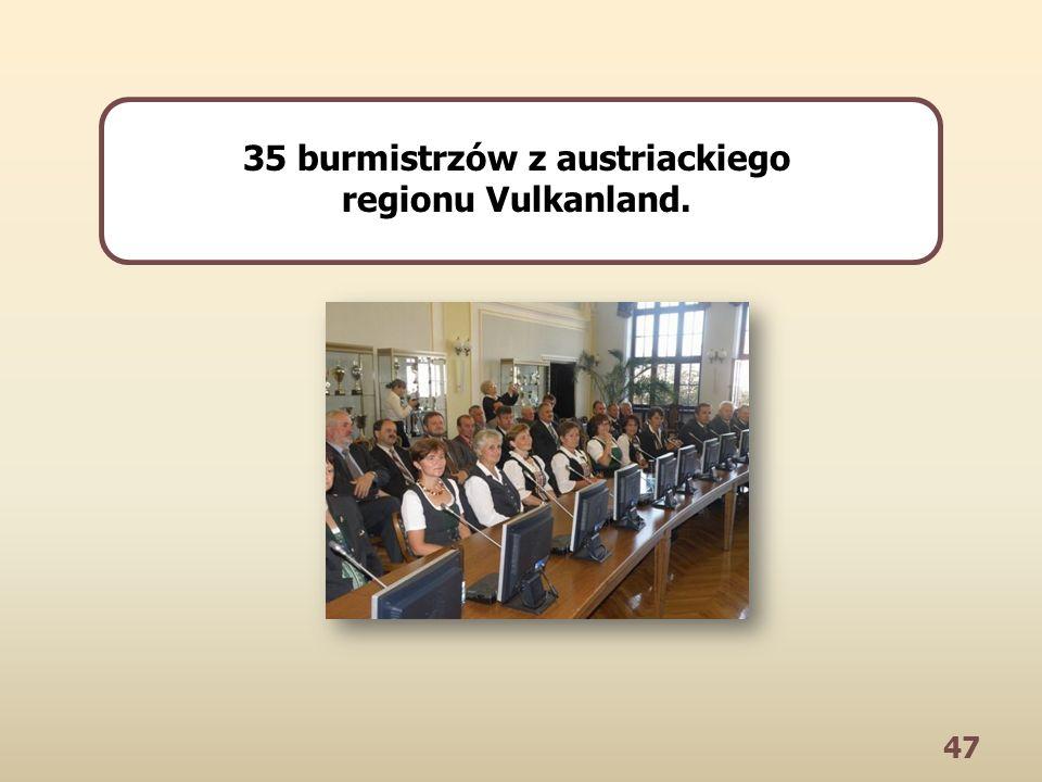47 35 burmistrzów z austriackiego regionu Vulkanland.