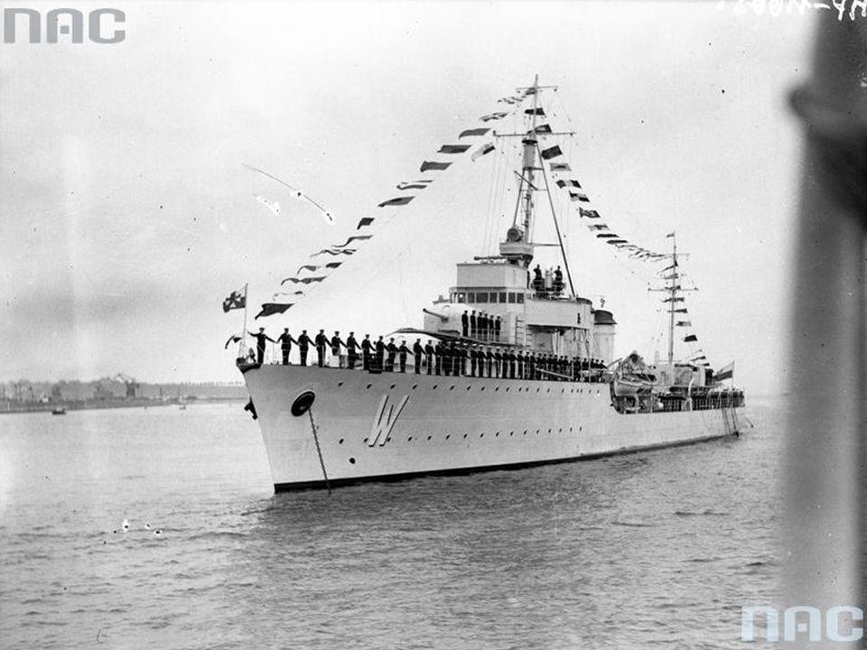 Statek norweski Statsraad Lehmkuhl w gali banderowej.