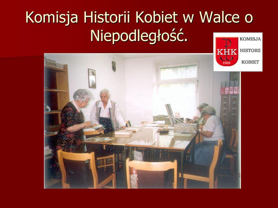 Przewodnicząca Komisji Historii Kobiet Halina Szewczykowa oraz Sekretarz Komisji Wanda Wirszyłło.