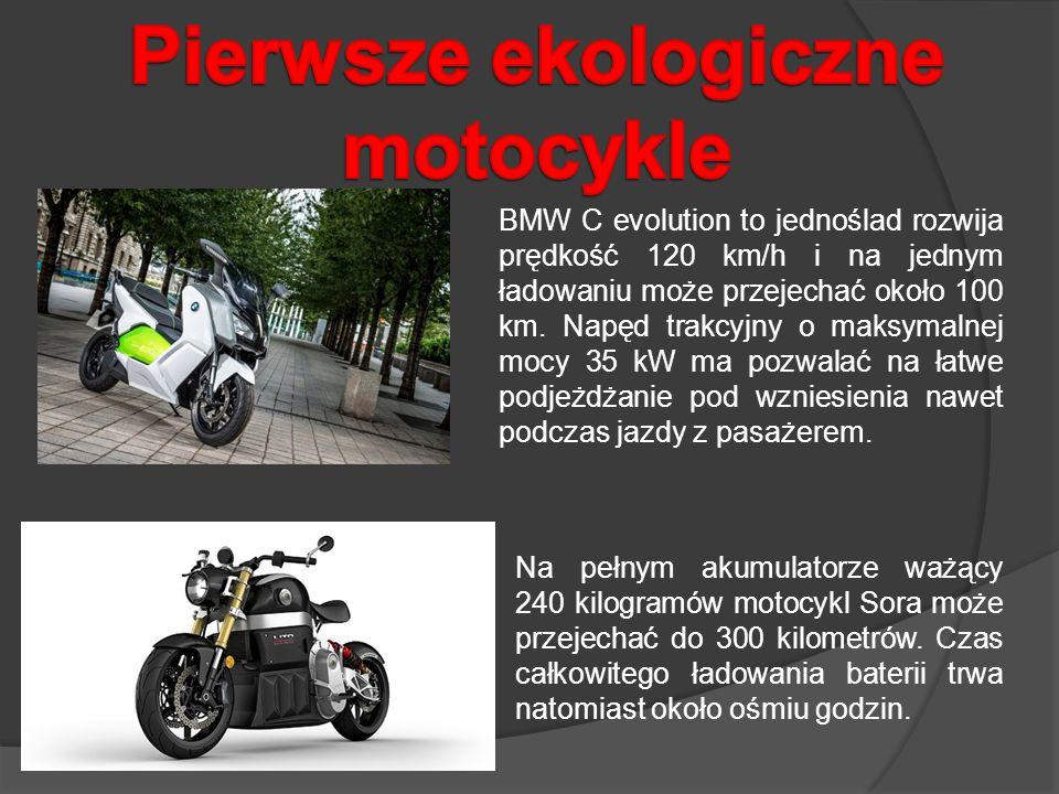 Na pełnym akumulatorze ważący 240 kilogramów motocykl Sora może przejechać do 300 kilometrów. Czas całkowitego ładowania baterii trwa natomiast około