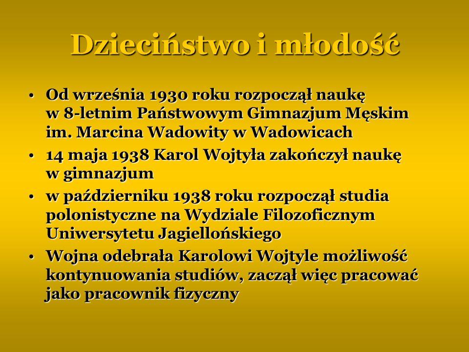 Dzieciństwo i młodość Od września 1930 roku rozpoczął naukę w 8-letnim Państwowym Gimnazjum Męskim im. Marcina Wadowity w WadowicachOd września 1930 r