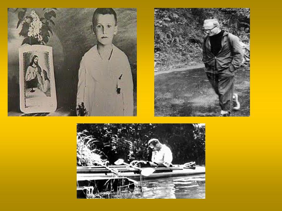 Kapłaństwo, praca naukowa i twórcza 13 października 1946 roku został subdiakonem, a tydzień później diakonem13 października 1946 roku został subdiakonem, a tydzień później diakonem 1 listopada 1946 roku kardynał Adam Stefan Sapieha wyświęcił Karola Wojtyłę na księdza1 listopada 1946 roku kardynał Adam Stefan Sapieha wyświęcił Karola Wojtyłę na księdza 15 listopada Karol Wojtyła wraz z klerykiem Stanisławem Starowieyskim wyjechał do Rzymu, aby kontynuować studia na Papieskim Międzynarodowym Athenaeum Angelicum obecnie Papieski Uniwersytet Świętego Tomasza z Akwinu (Angelicum) w Rzymie15 listopada Karol Wojtyła wraz z klerykiem Stanisławem Starowieyskim wyjechał do Rzymu, aby kontynuować studia na Papieskim Międzynarodowym Athenaeum Angelicum obecnie Papieski Uniwersytet Świętego Tomasza z Akwinu (Angelicum) w Rzymie W lipcu 1948 został skierowany do pracy w parafii Niegowić, gdzie spełniał zadania wikariusza i katechetyW lipcu 1948 został skierowany do pracy w parafii Niegowić, gdzie spełniał zadania wikariusza i katechety