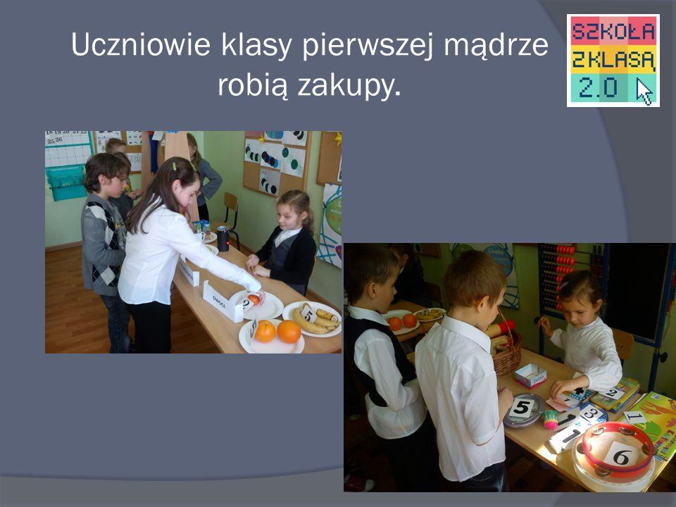 Uczniowie klasy pierwszej mądrze robią zakupy.