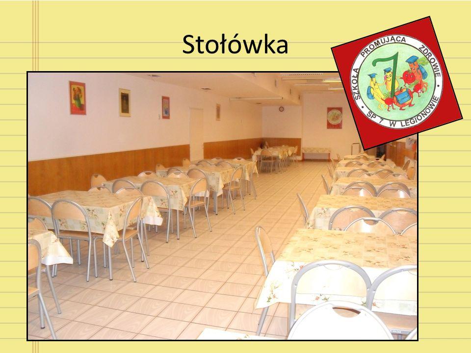 Stołówka Oferujemy zdrowe i pyszne posiłki wydawane w godzinach: 11:00-13:00. Jedzenie jest przygotowywane na miejscu przez doświadczone panie kuchark