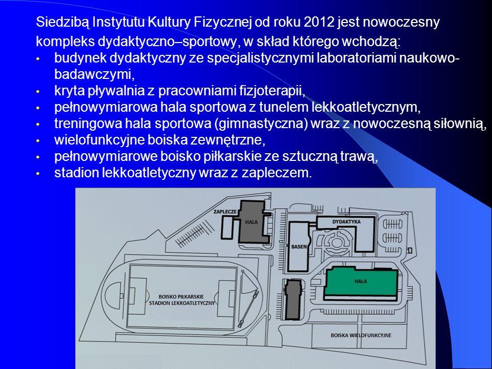 Budynek dydaktyczny (2018 m 2 ) Budynek dydaktyczny posiada dwie aule oraz 12 przestronnych sal dydaktycznych wyposażonych w sprzęt audiowizualny (m.in.