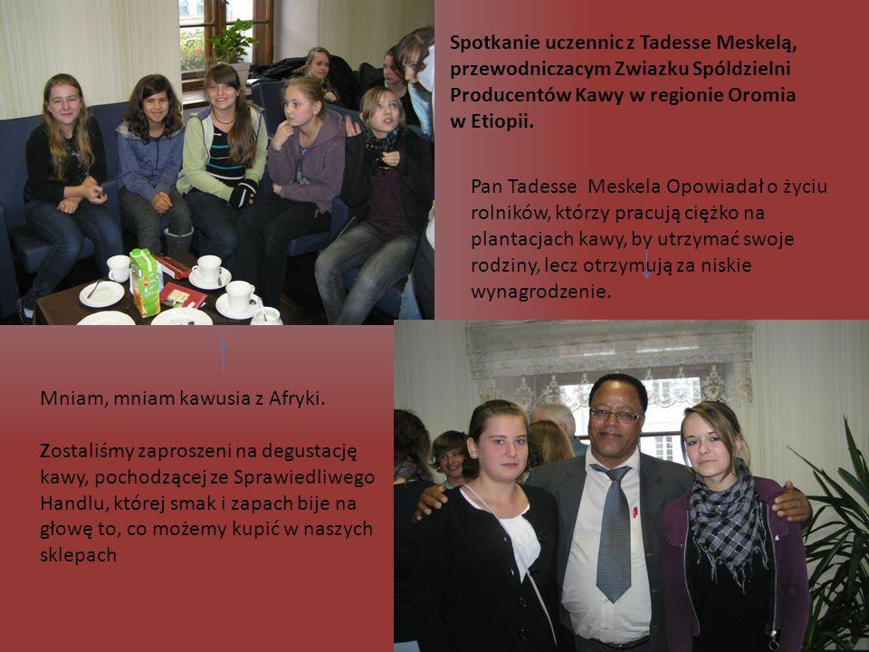 Spotkanie z wolontariuszem Afryki Środowej Kilkakrotnie gościliśmy w naszym gimnazjum wolontariusza Ruchu Solidarności z Ubogimi Trzeciego Świata MAITRI, którego celem jest niesienie pomocy najbiedniejszym z biednych w ubogich krajach Trzeciego Świata.