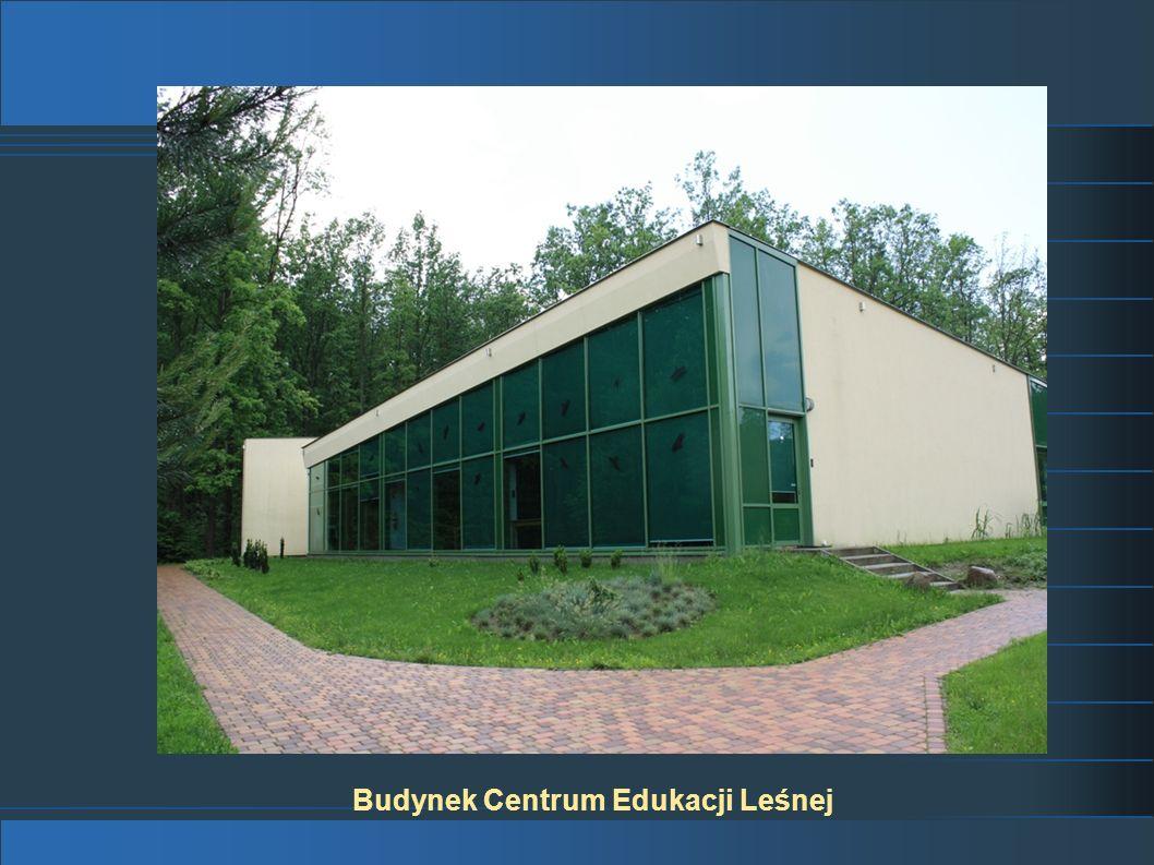 Budynek Centrum Edukacji Leśnej