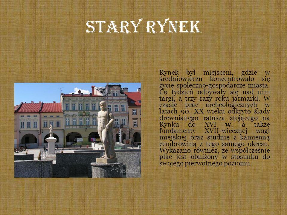 Stary Rynek Rynek był miejscem, gdzie w średniowieczu koncentrowało się życie społeczno-gospodarcze miasta. Co tydzień odbywały się nad nim targi, a t